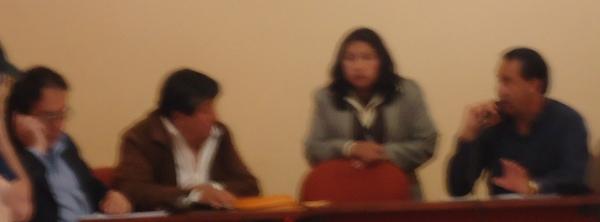 Patricia Catucuago con el Alcalde y algunos consejales